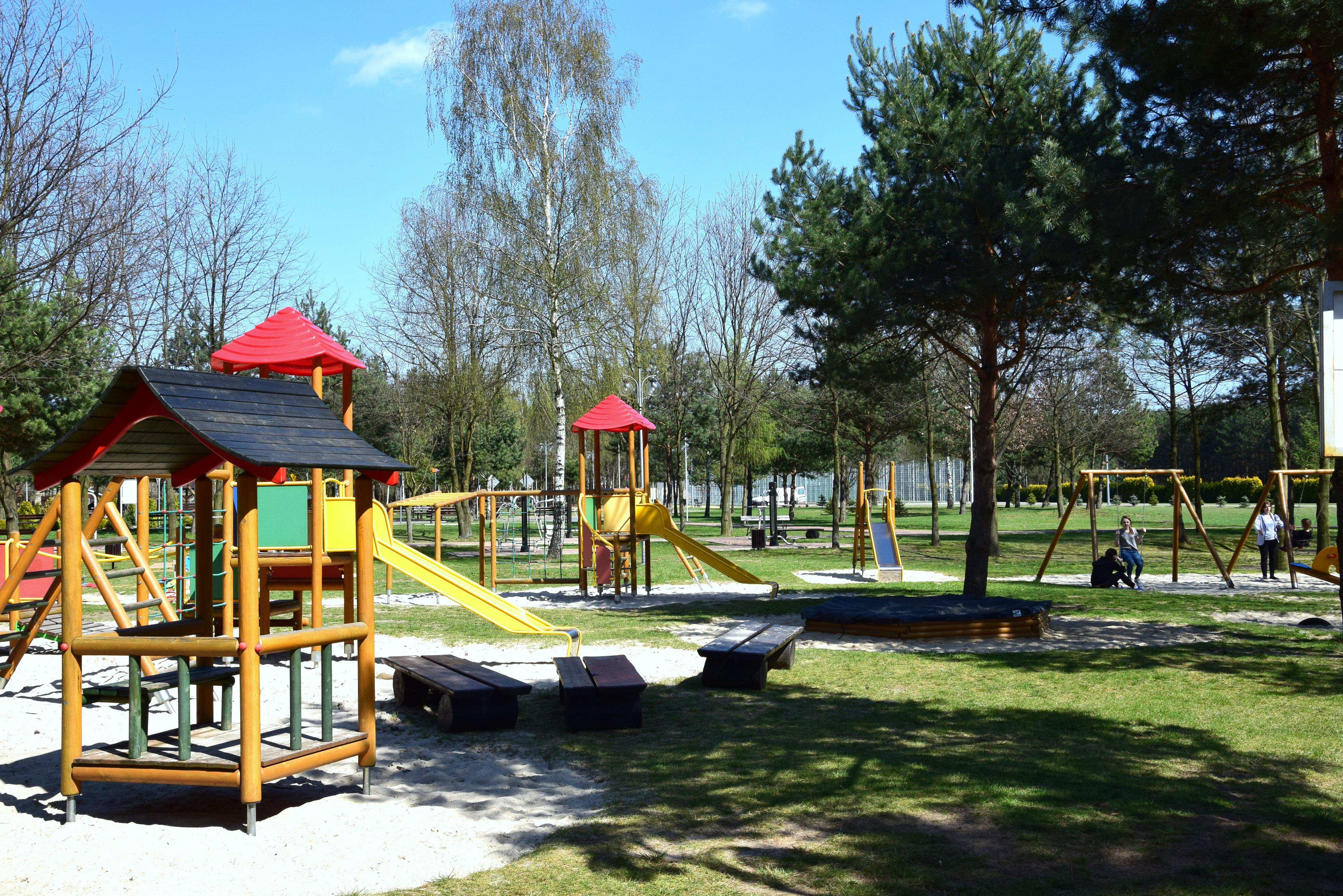 - park_plac_zabaw.jpg
